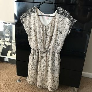 Short Sleeve Patterned Dress